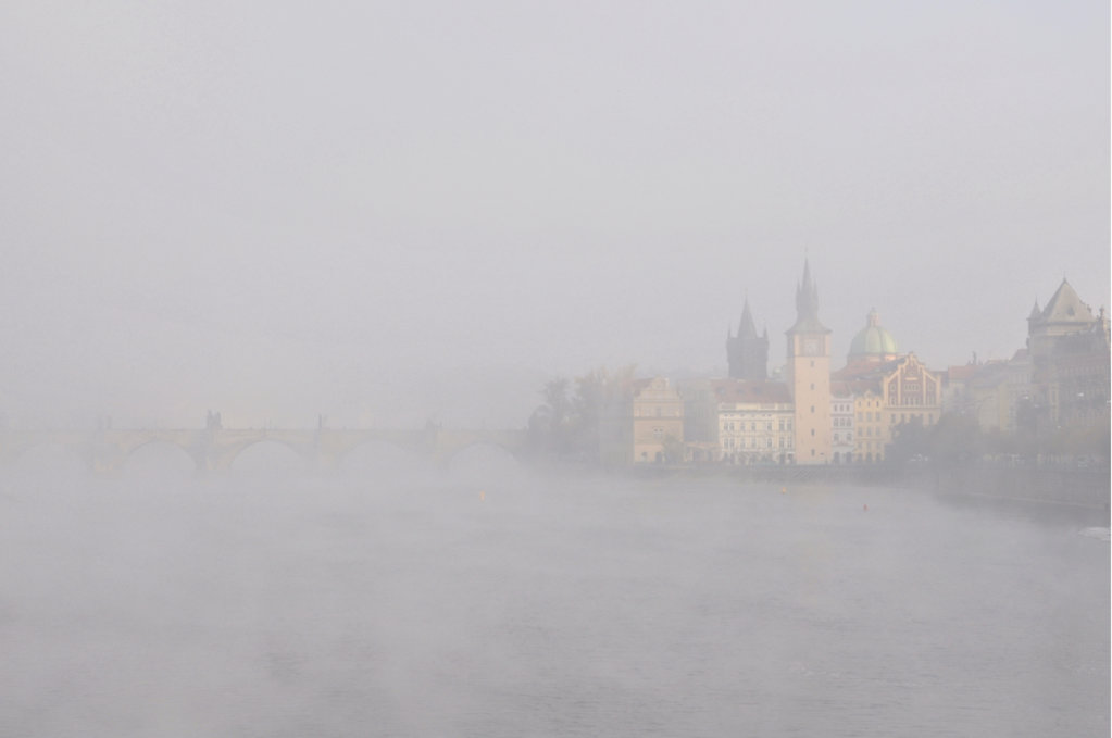Charles bridge in the fog #02